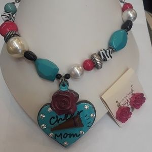 DaVinci earring and necklace set